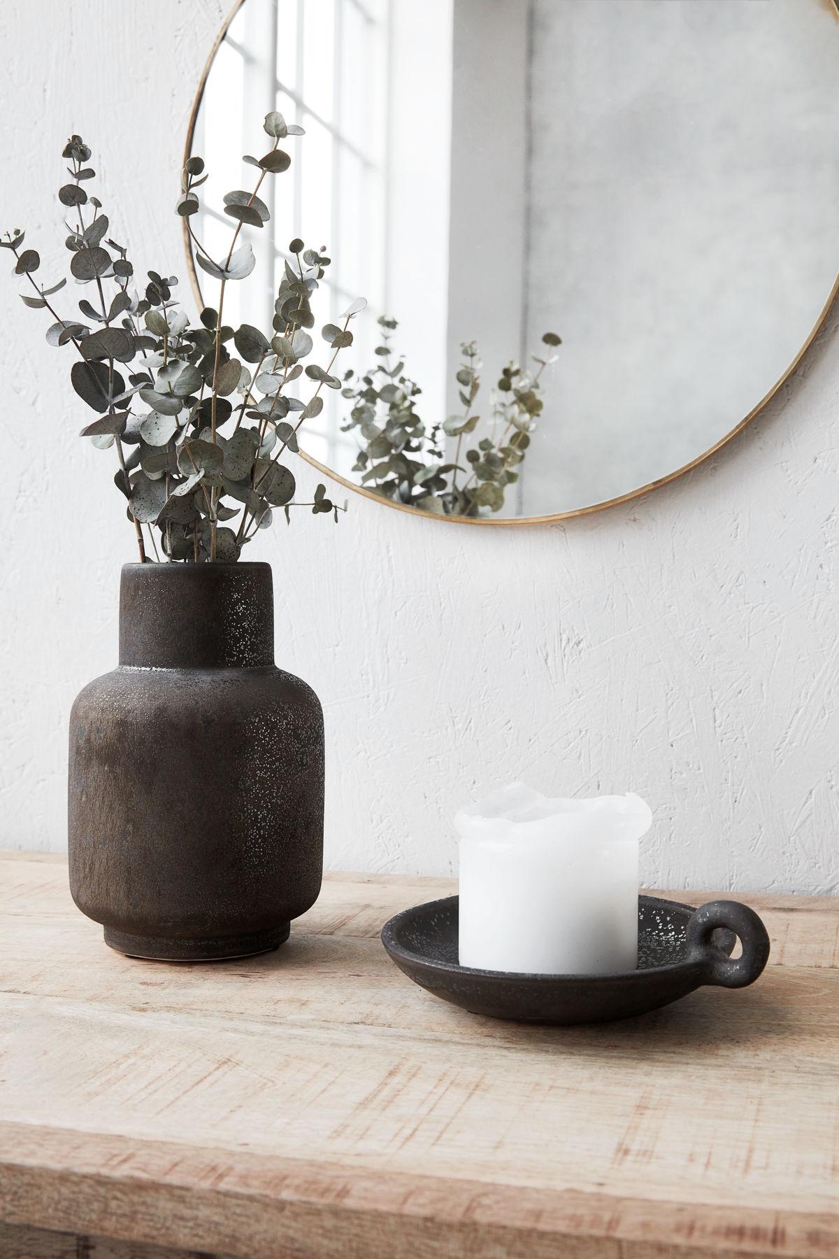 vase ruka sortnistret house doctor vaser thomsons. Black Bedroom Furniture Sets. Home Design Ideas