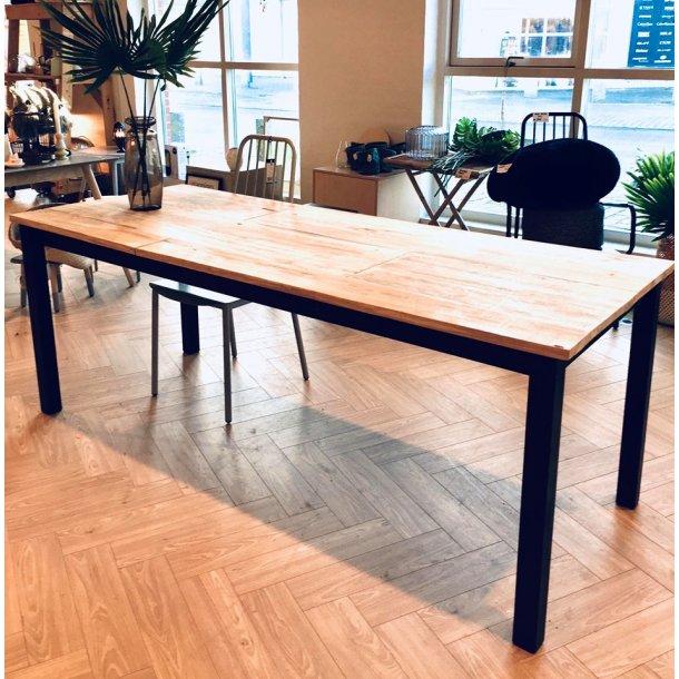 Langbord med træplade