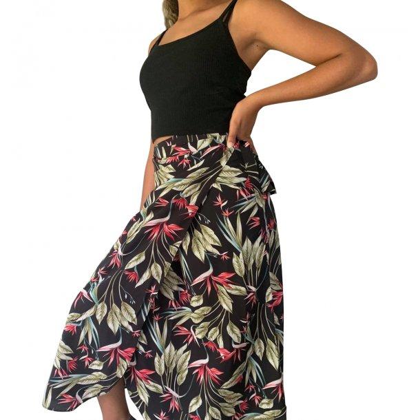 Slå om nederdel sort pink | MillaVanilla