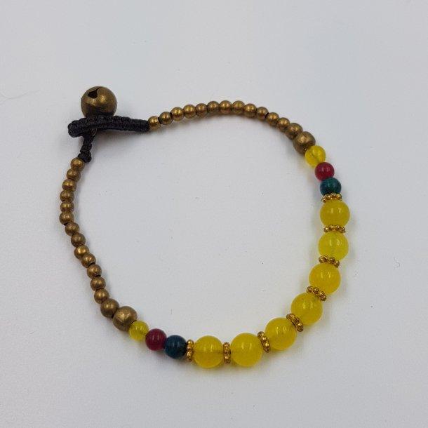Gul armbånd med mix perler