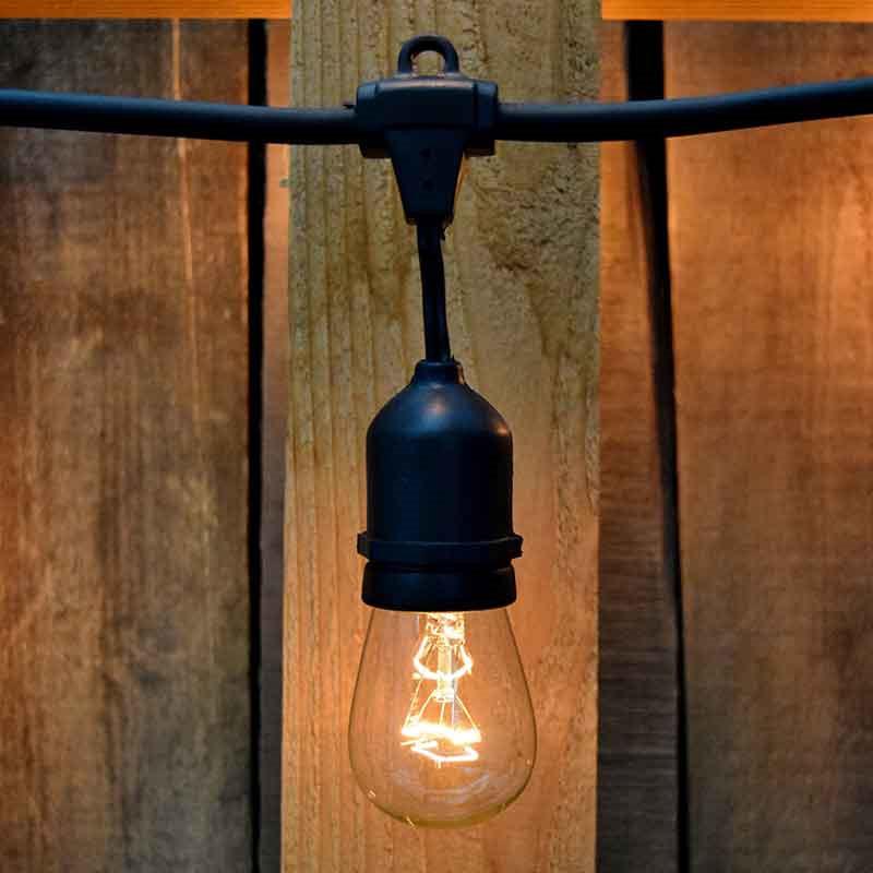 Fantastisk Lyskæde til indendørs og udendørs 15m - Belysning - Thomsons CW93